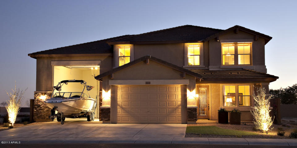 Courtland tucson plan 3212 rv garage homes for Planimetrie del garage rv